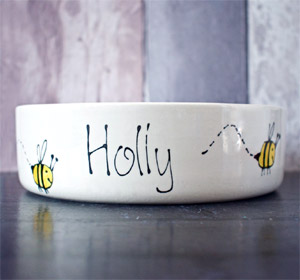 Personalised Dog Bowl with Bumble Bee design