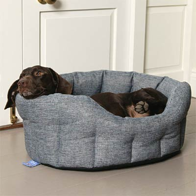 P&L Oval Softee Heavy Duty Dog Bed