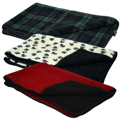 6121d98f06 Double Thickness Sherpa Fleece Dog Blanket