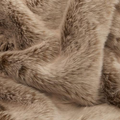 Nice Luxury Faux Fur Throw