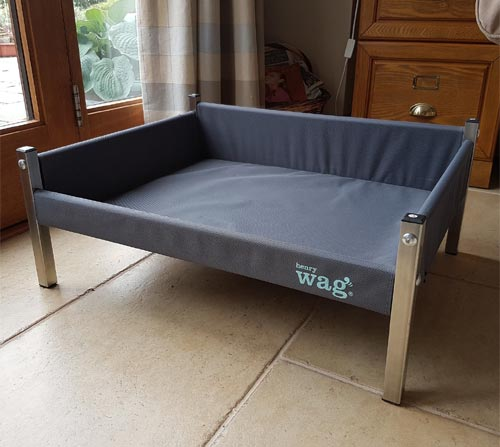 Henry Wag Elevated / Raised Dog Bed With Sides