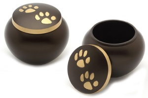 Pet Urn Chertsey Brown
