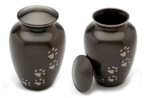 Pet Urn Matlock Black Pewter