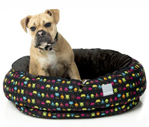 FuzzYard Reversible Dog Bed - Space Raiders