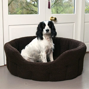 P&L Oval Softee Sherpa Fleece Dog Bed