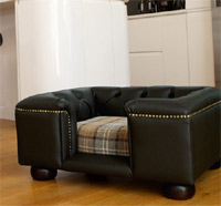 Sandringham Black Leather Dog Bed