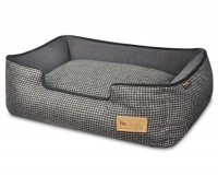 Houndstooth Lounger Dog Bed